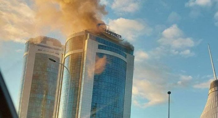 В Нур-Султане горело здание Kazakhmys