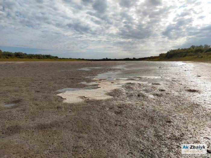 Минэкологии: «Острова» в Урале сотворил сильный ветер