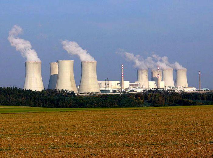 Чехия исключила участие компаний из России в строительстве энергоблока на АЭС «Дукованы»
