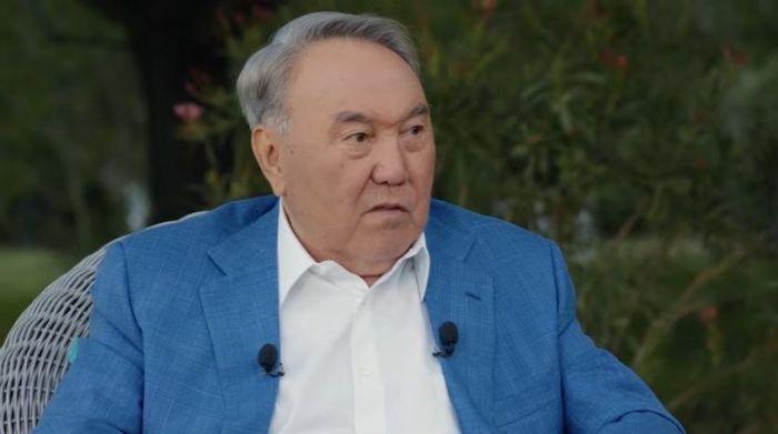 """""""Мне трудно"""" - в эфир выходит пятая часть видеоинтервью с Назарбаевым"""