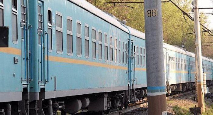 Житель Атырауской области избил проводника поезда