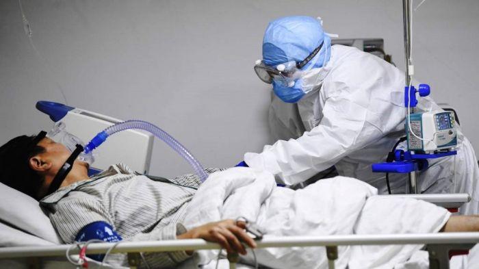 13 пациентов с COVID-19 находятся в тяжёлом состоянии в Атырауской области