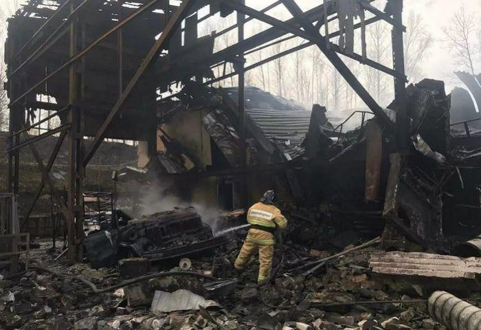«Погибла вся смена»: момент взрыва на заводе в России попал на видео