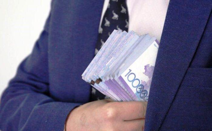 В Атырау антикоррупционщики накрыли налоговиков